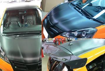 ウィングはJ'zレーシング。カーボンルーフ&ボンネットは3Mのシートを使って 当店で施工しました。